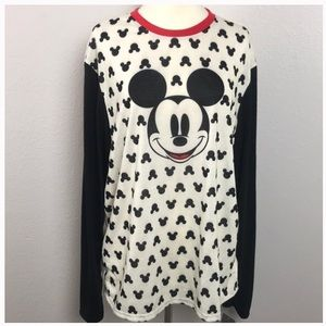 Disney Mickey Mouse long sleeve tee size large